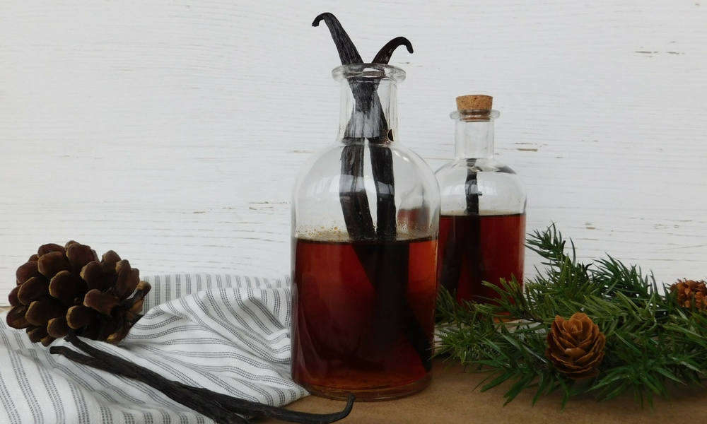 Home-made Vanilla Extract, Sauces et condiments