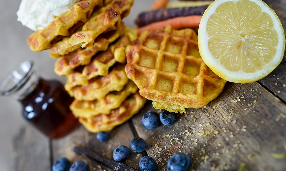 Carrot Waffles with Whipped Cream à l'Orange, Desserts et collations