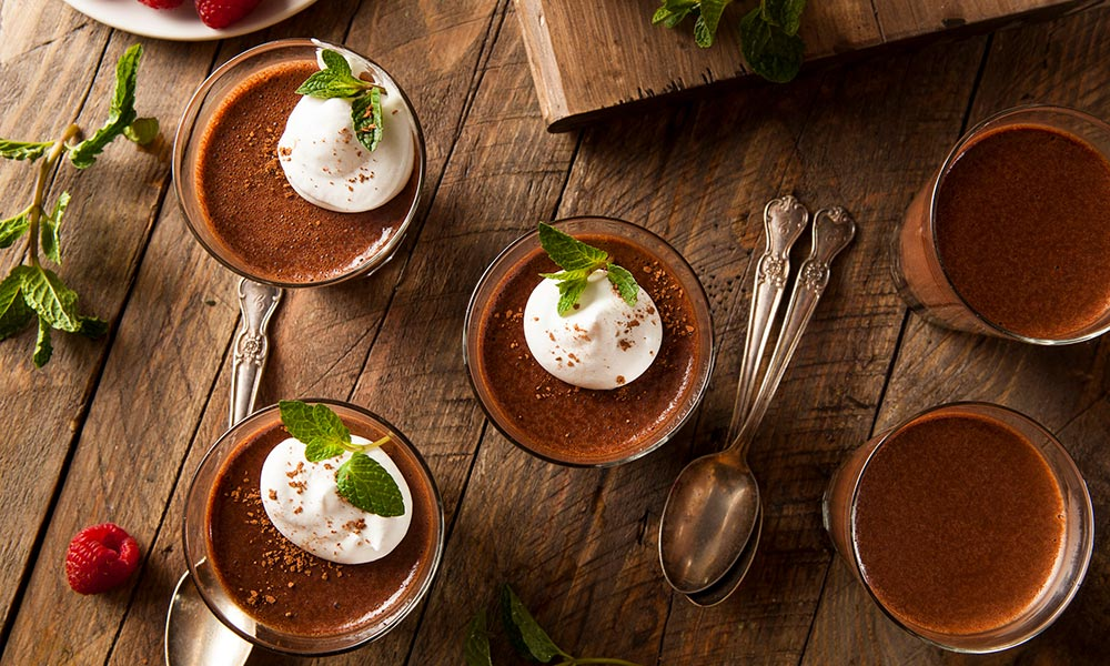 Chocolate mousse, Desserts et collations
