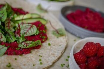 Hummus betteraves framboises
